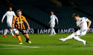 Izjan Alyoski pays the late Leeds goal.