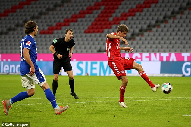 Bayern Munich's Mueller scored the sixth goal for his team in the opening match in the German Bundesliga