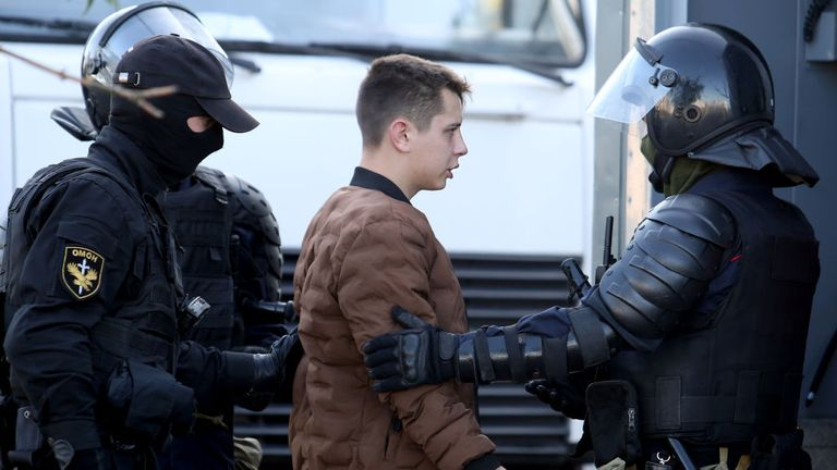 Police arrested a man on September 20, 2020 in Minsk on the sidelines of a demonstration called by the opposition movement to end the regime of authoritarian leader Alexander Lukashenko.  - The Belarusian authorities today brought military trucks and barbed wire to central Minsk ahead of a planned opposition rally, a day after police arrested hundreds of protesters.  (Photo - / TUT.BY / AFP) (Photo - / TUT.BY / AFP via Getty Images)
