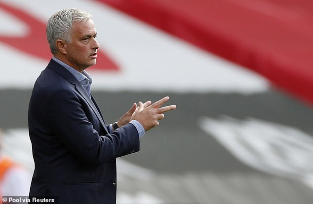 Positive cases could mean the cancellation of Jose Mourinho's team's confrontation with Orient