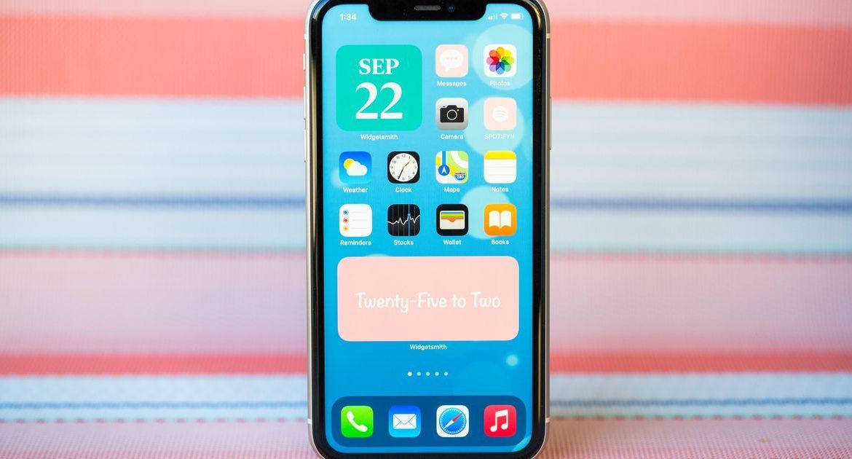 اتجاه iOS 14: إليك كيفية تغيير كل شخص لأيقونات التطبيقات على الشاشة الرئيسية لجهاز iPhone