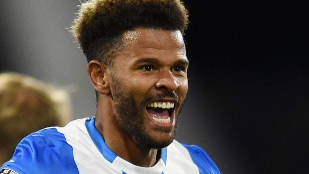 Tournament: Huddersfield Town 1–0 Nottingham Forest – Fraser Campbell scored their first win of the season