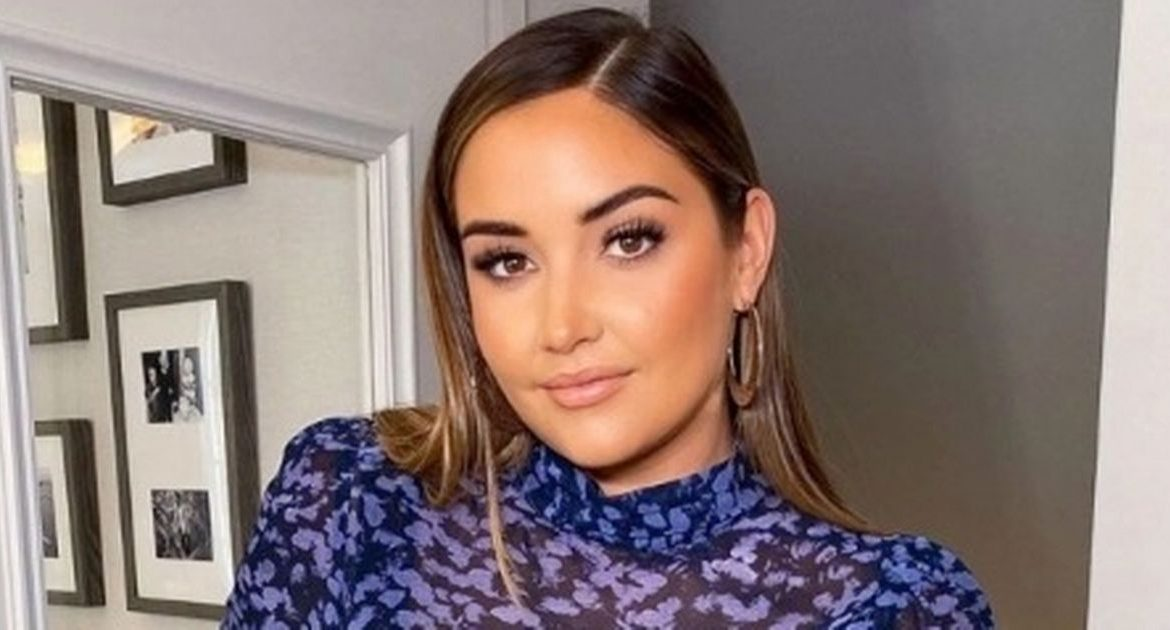 Fans praised Jacqueline Jossa for celebrating her `` big thighs and big butt ''