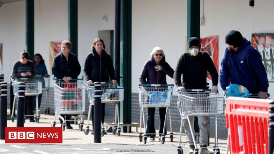 Shoppers in Scotland have warned against returning to supermarket queues