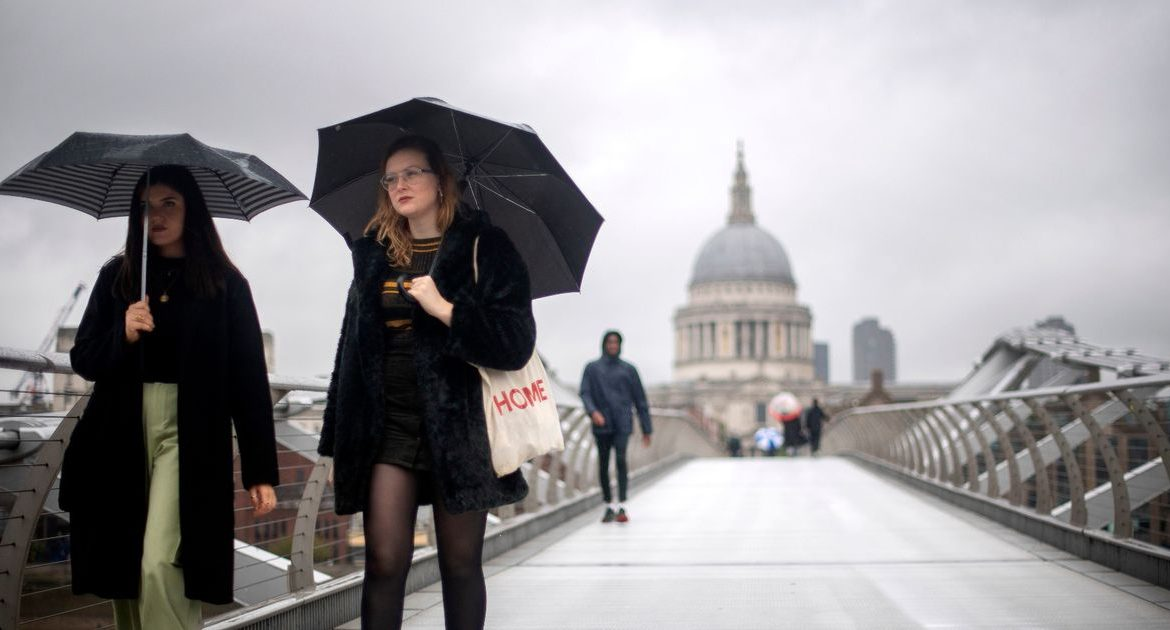 UK Weather Forecast: Heavy rains, winds and snow hit the British during half of October
