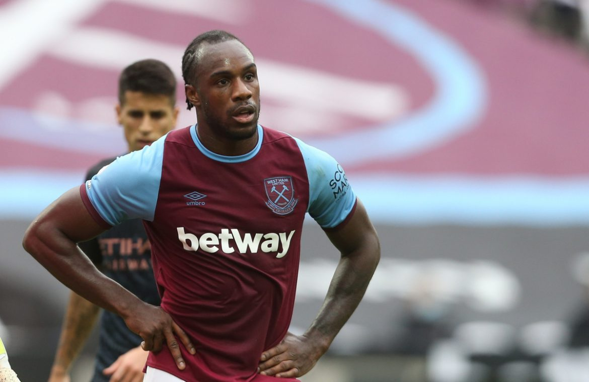 West Ham suffered a major setback before the Liverpool confrontation, as Michael Antonio faces at least four weeks with a hamstring injury