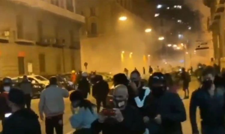 Coronavirus news Naples: Police attacked riots in Naples due to lockdown COVID-19 | The world | News