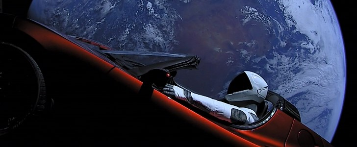 Tesla Roadster and Starman first approach Mars