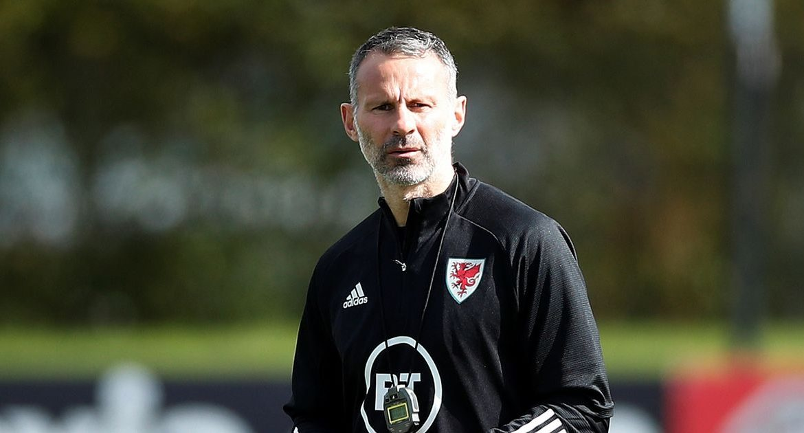 """Ryan Giggs lives """"alone at home"""" after being arrested over a dispute with his girlfriend and Welles's decision"""