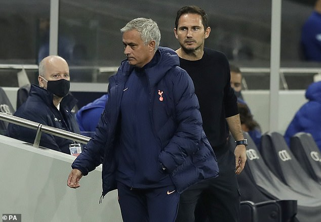 Chelsea coach Frank Lampard insists he is not influenced by Jose Mourinho's comments this week