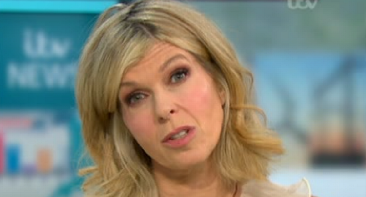 """Kate Garaway admits it has been """"a tough week"""" for Derek Draper as she issues a warning"""