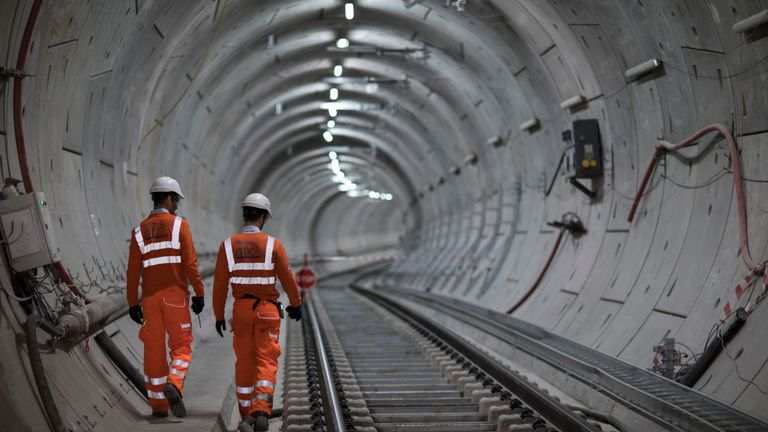 Crossrail Exceeding schedule and budget