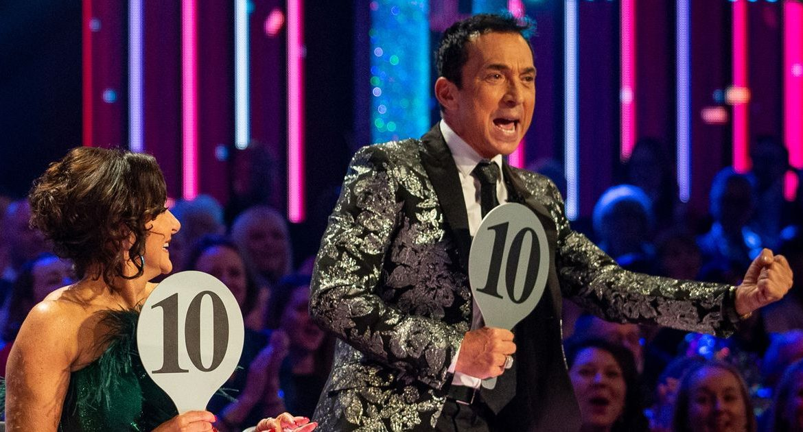 "Bruno Tonioli, member of Strictly, ""takes £ 125,000 from his salary"" amid an absence from the jury"