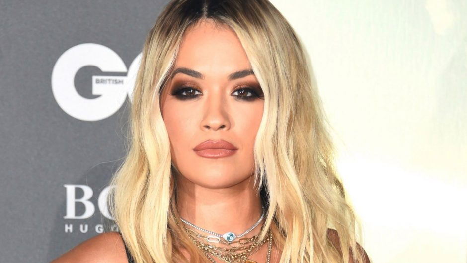 Rita Ora publishes an apology and pays a £ 10,000 fine after having an 'unjustified' birthday party with 30 friends