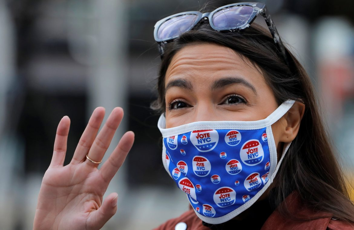 """The AOC criticizes Biden for """"Democrats' weaknesses with Latinos"""" as the election tightens"""