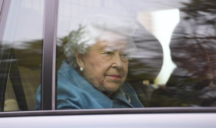 The Queen runs away from Windsor Castle for a late vacation before the national lockdown starts tomorrow | Royal | News