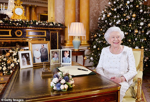 The Queen is famous for spending thousands of pounds on her staff at Christmas, with favorites including Christmas pudding, champagne flutes or embossed trinkets, the Queen will still give gifts but, due to the pandemic, she will not personally deliver them.