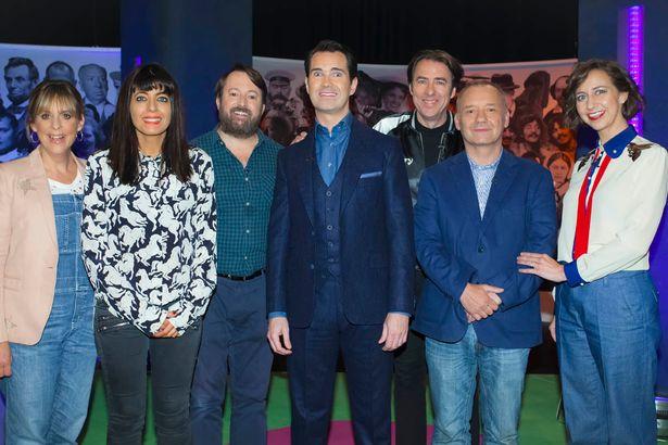 Mel Gedwick, Claudia Winkelmann, David Mitchell, Jimmy Carr, Jonathan Ross, Bob Mortimer, Kristen Schall in Big Fat Quiz Competition