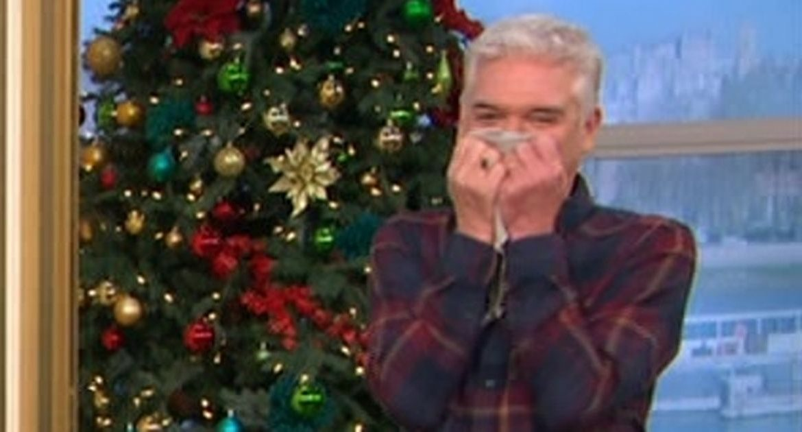"Gogglebox stars taunt Philip Schofield for his ""rude"" comment on this morning's scene"