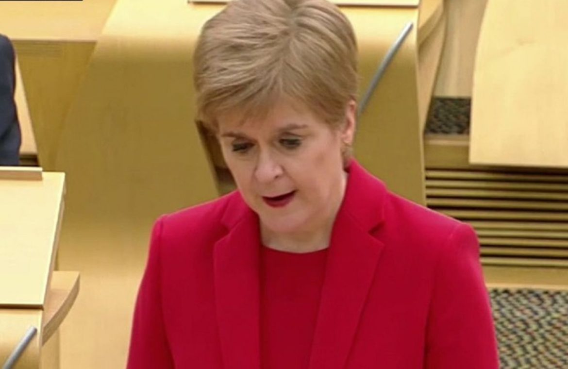 Covid-19: Scotland cancels 2021 high school examinations and moves 11 regions of the strictest restrictions    UK News