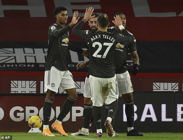 Solskjaer singles out 'excellent' Pogba after Man Utd win
