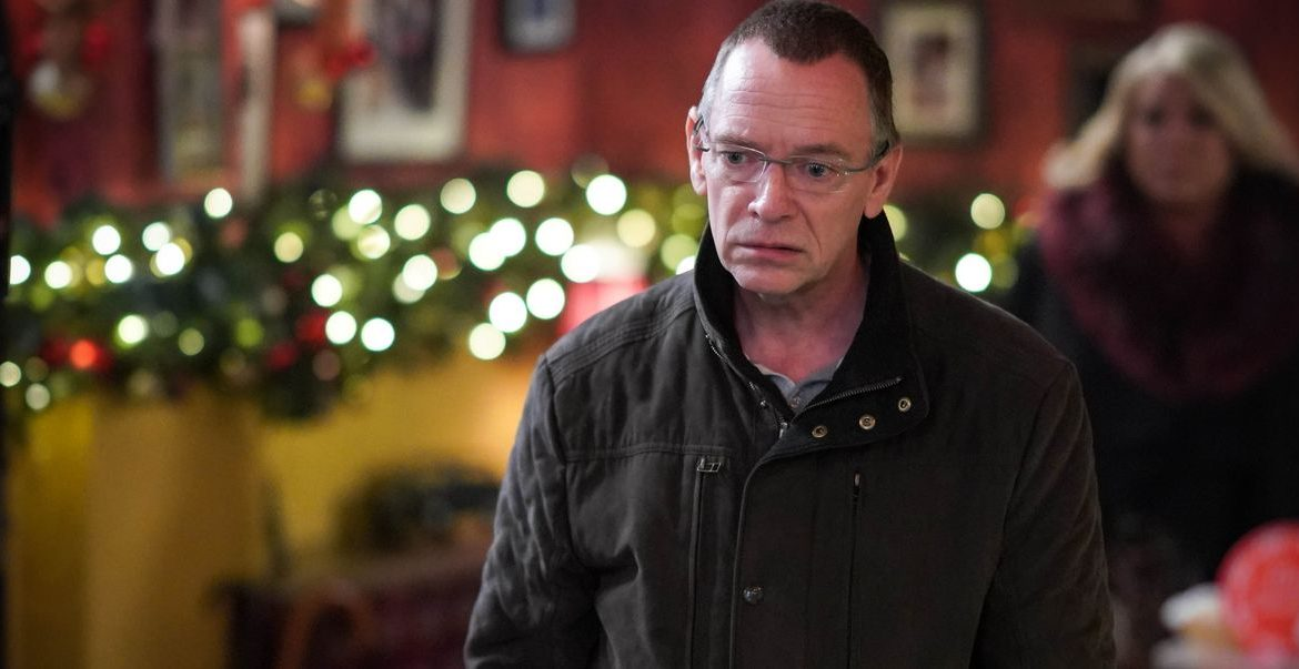 EastEnders spoilers - Ian decides to leave Walford for Christmas