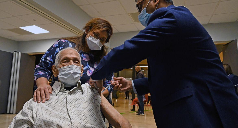 "Jeremy Hunt warned that Britain's coronavirus vaccine stocks ""will run out in January"""