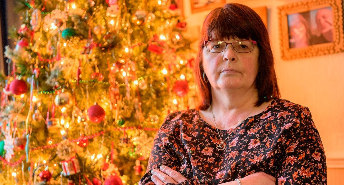 A family begs my dad to disappear after he says he will go away to call Christmas