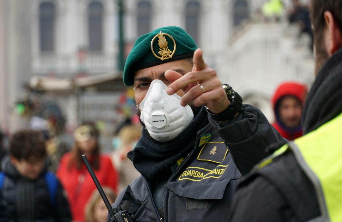Italy eases lockdown for three days