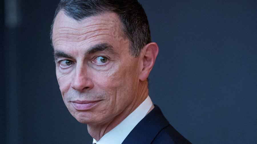 Jean-Pierre Mostier steps down UniCredit