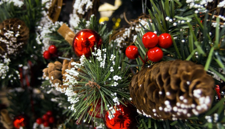 Britain will ease restrictions on Christmas