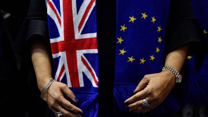 Brexit: wyjazd do Anglii 2020, paszport, konsekwencje. Co się zmieni? Co oznacza dla Polaków?