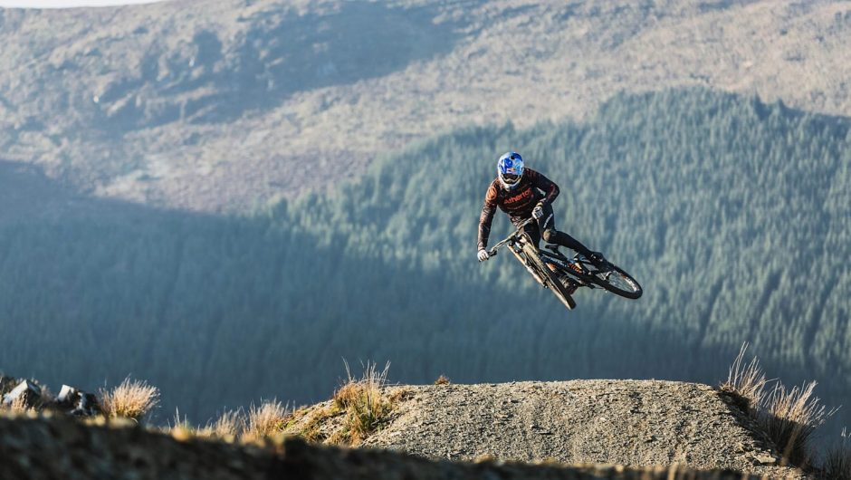 "The movie ""Ridgeline"" - Crazy Idea by Gee Atherton"