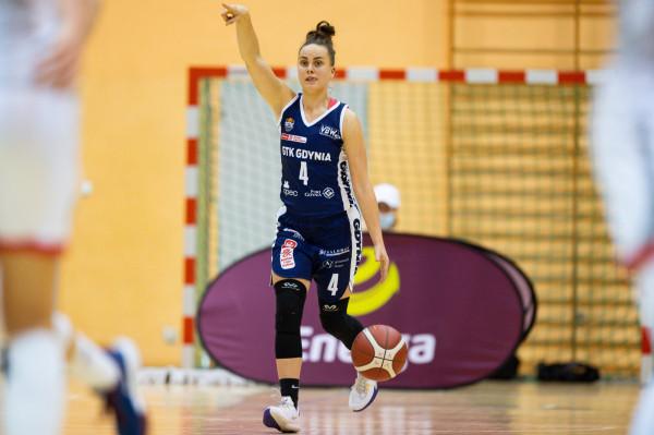 Julia Nemujiowska way the best basketball players of the Polish national team