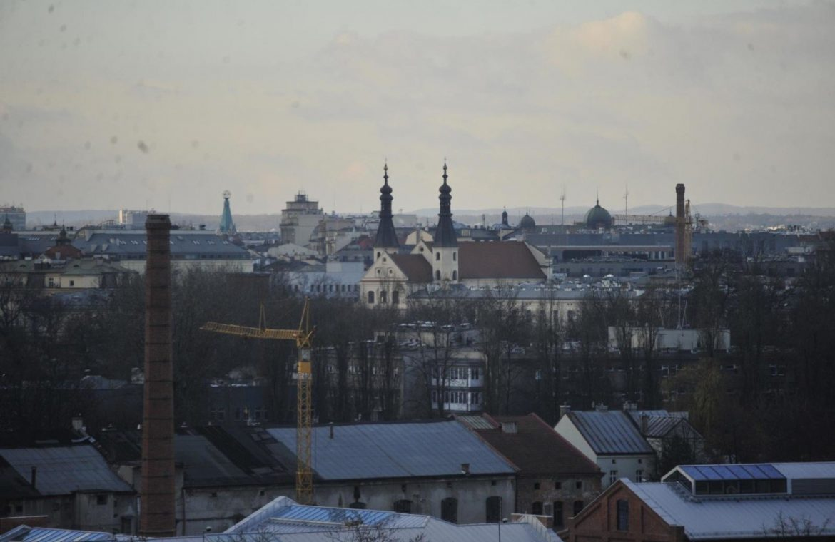 """Cracow.  Debate about Wissowa's Future: """"A Place for Art Born Before the Eyes"""""""