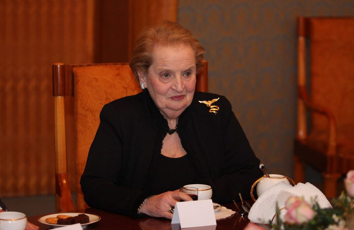 Former US Secretary of State Madeleine Albright supports the Polish media protest
