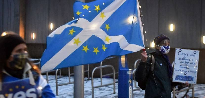 In Scotland, the flag of the European Union will replace the flag of the British Union