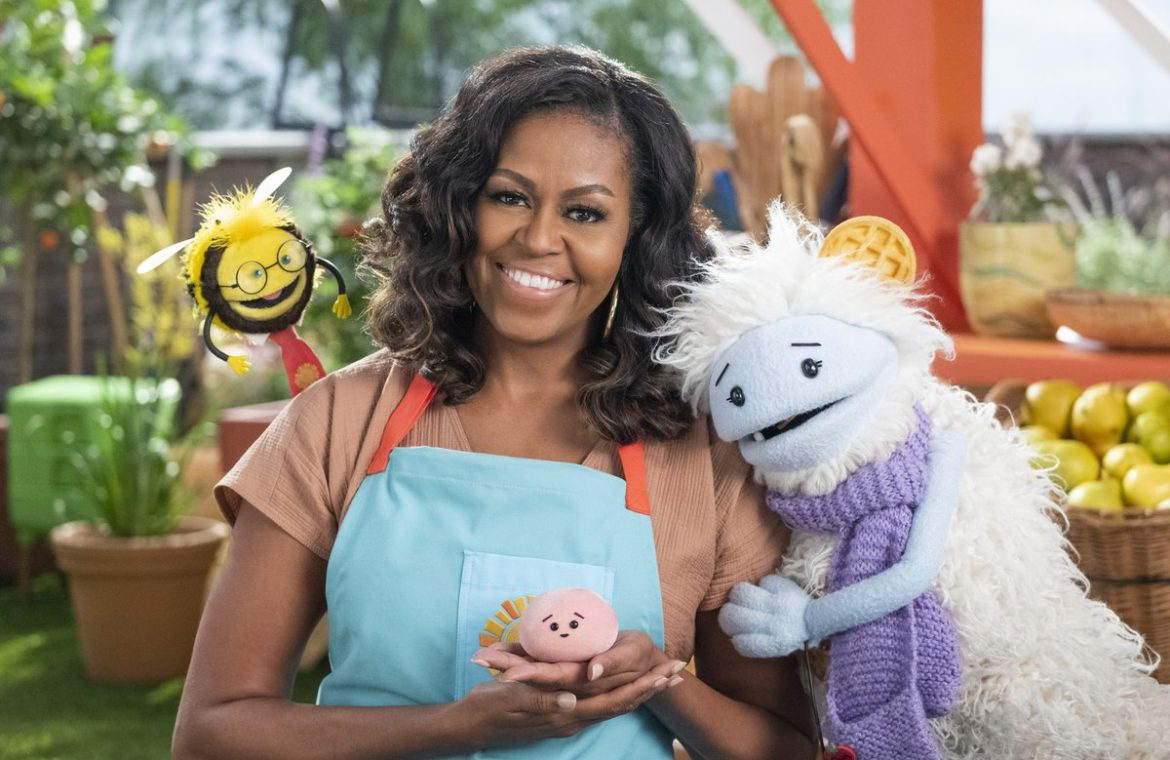"""Netflix featured a trailer for the children's show """"Gofcia and Mochi"""" starring Michelle Obama"""