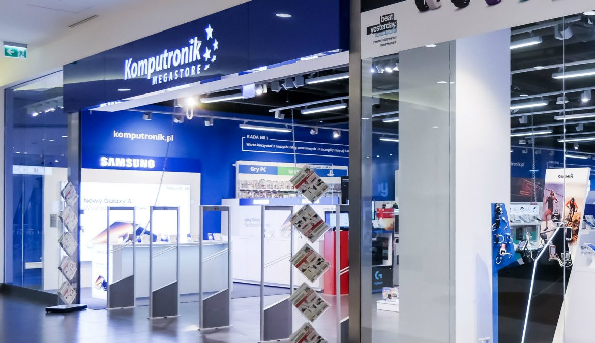 Promotion at Komputronik.pl.  The equipment selected is up to 2,800 PLN cheaper