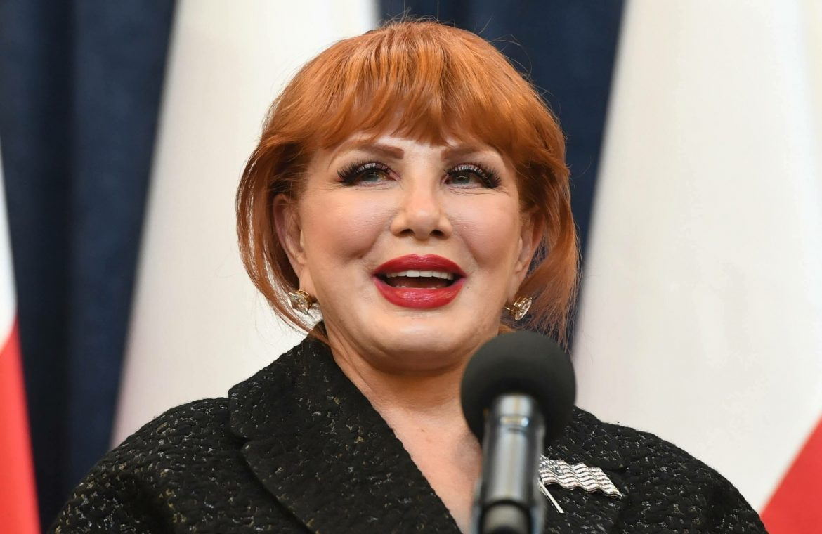 The new feature of Georgette Mosbacher.  The former US ambassador will participate in the Three Seas project