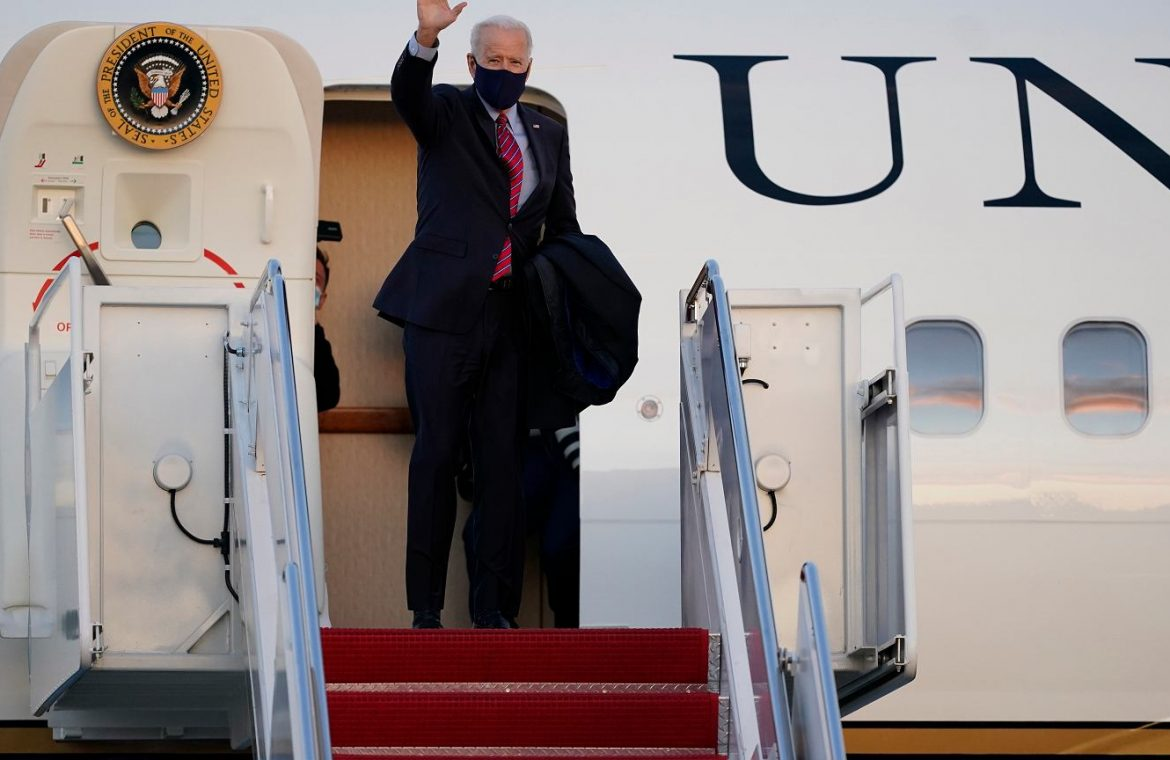 """United States of America.  The intruder stormed the Andrews base where Biden's plane was stationed.  """"He entered one of the machines""""    world News"""