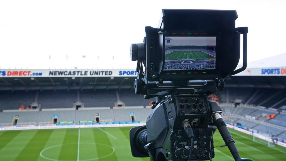 Watch Newcastle Live TV broadcasts against wolves
