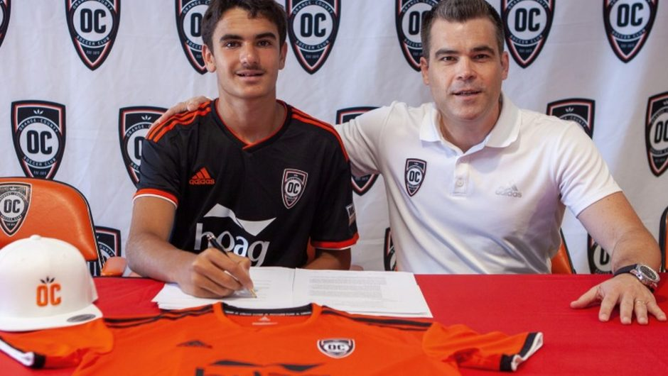 Youngest professional soccer player in US history to move to Europe