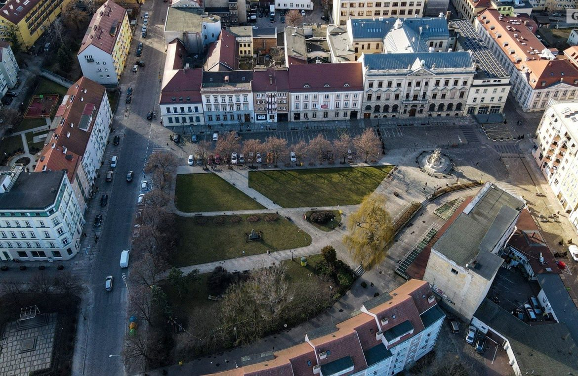 What is the new life of Orła Biaego Square in Szczecin?  Time to design, construction will start next year?