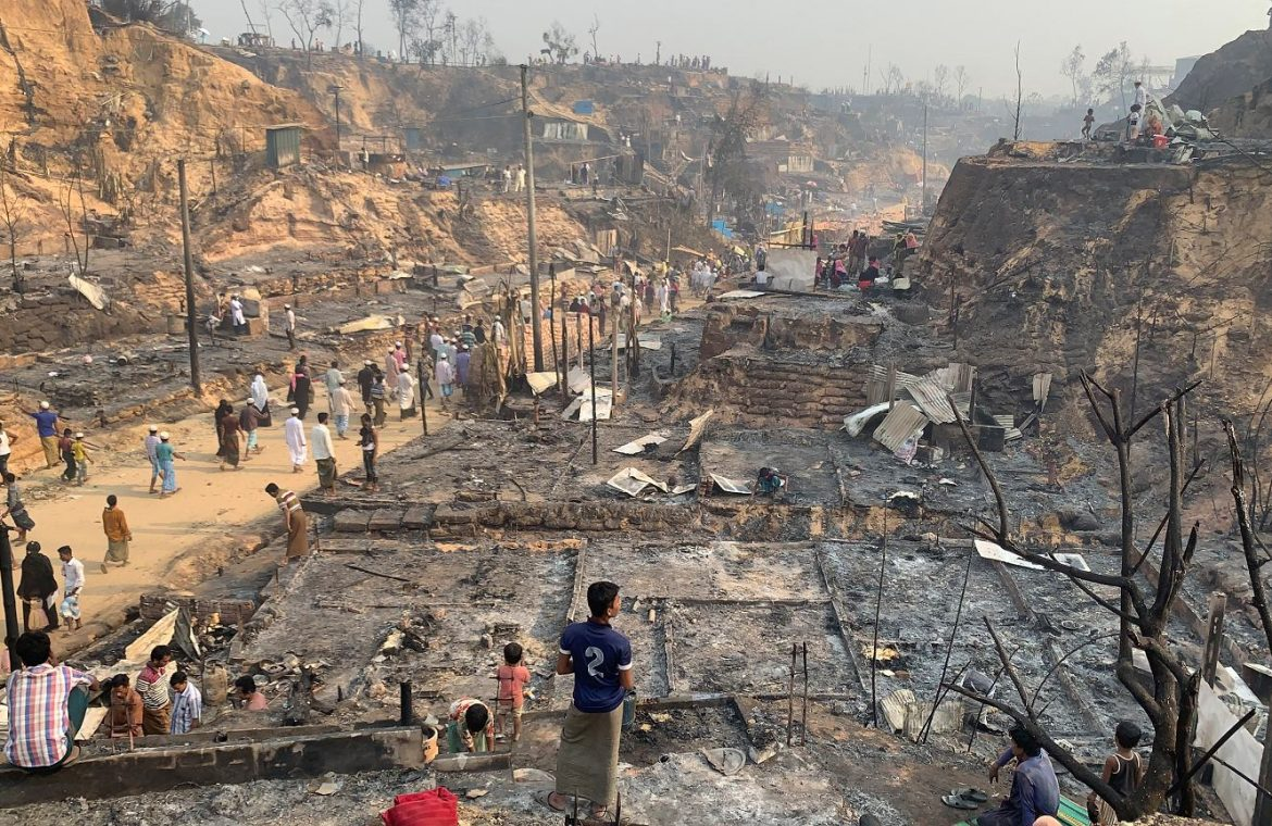 Bangladesh.  A massive fire broke out in a refugee camp.  7.5 thousand Rohingya lost the roof over their heads  world News