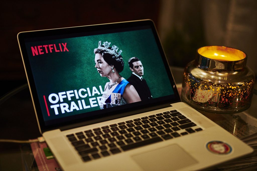 Netflix wants to end account sharing.  Billions are losing out on this