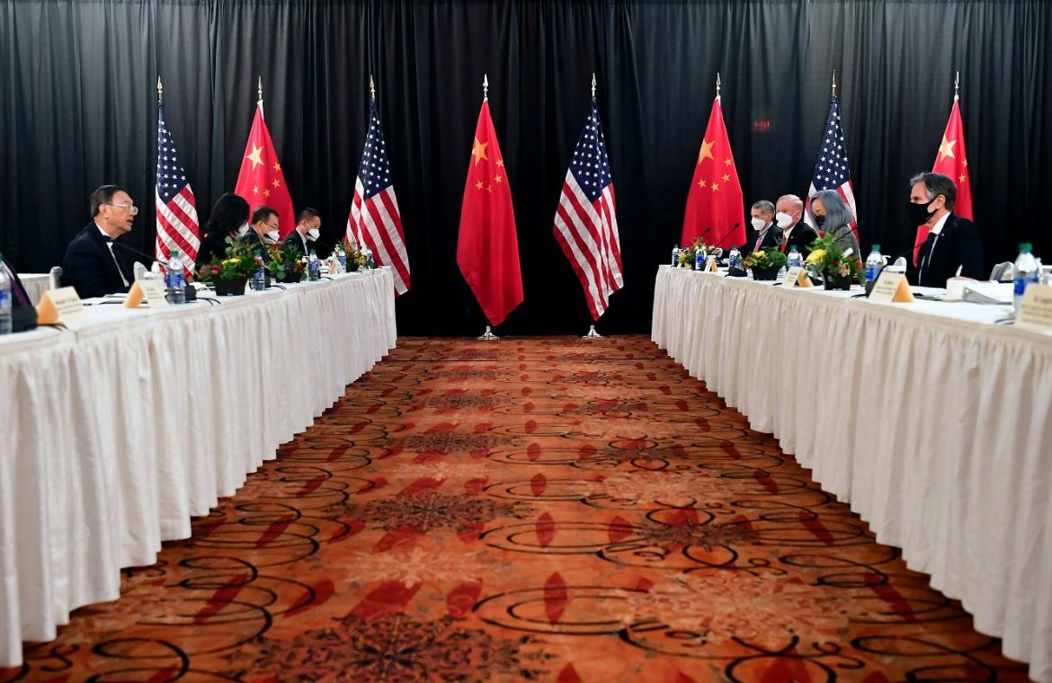 The rivalry between Europe and the United States with China.  Diplomatic Brawl Week |  News from the world