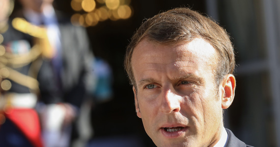 France: Emmanuel Macron meets the family of the murdered policewoman