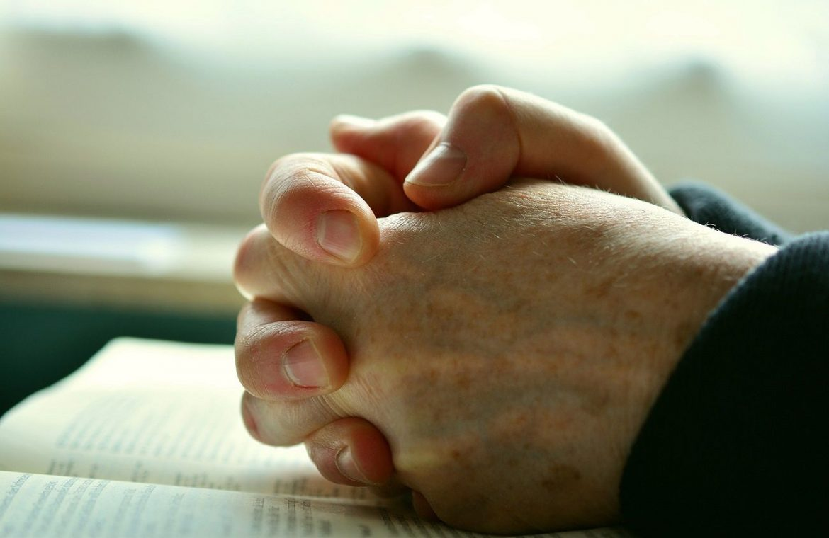 American Court: There is an agreement to pray together
