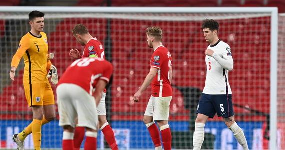 England - Poland.  British Isles media: England has escaped embarrassment